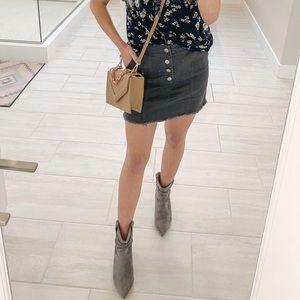 Dresses & Skirts - take the floor pocked denim skirt